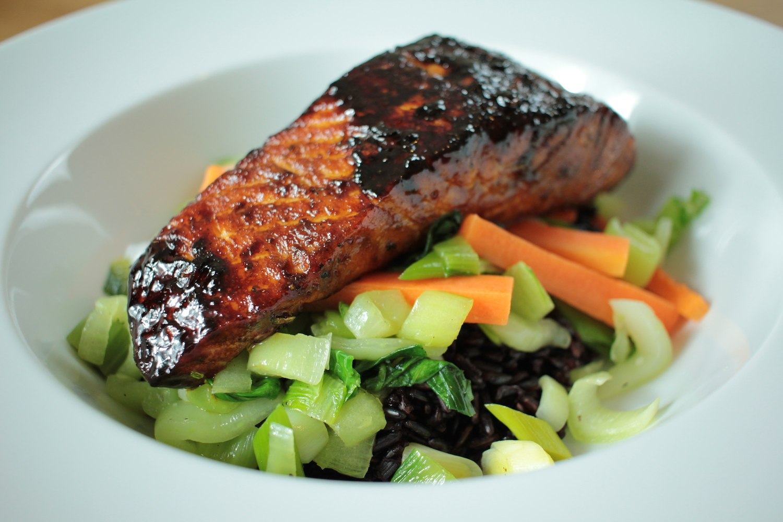 Blackened Salmon with Stir Fry Vegetables and Black Thai Rice Recipe - Globe Scoffers | globescoffers.com