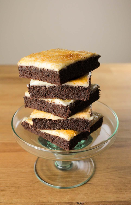 zitronenkuchen vom blech mit creme