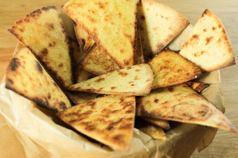Simple Homemade Nachos Recipe - Globe Scoffers   globescoffers.com