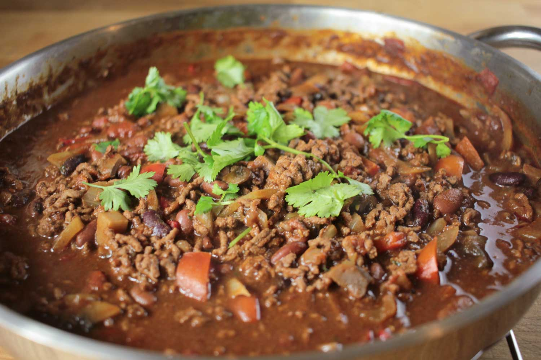 Chocolate Chilli Con Carne Recipe - Globe Scoffers | globescoffers.com