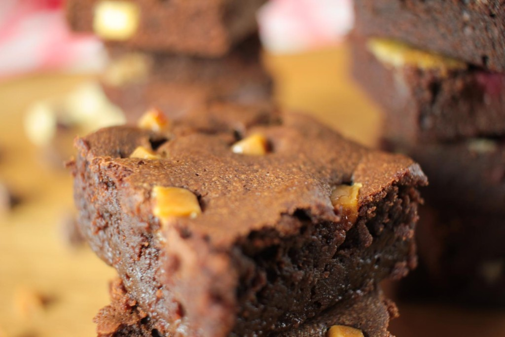 Sticky Salted Caramel Brownies