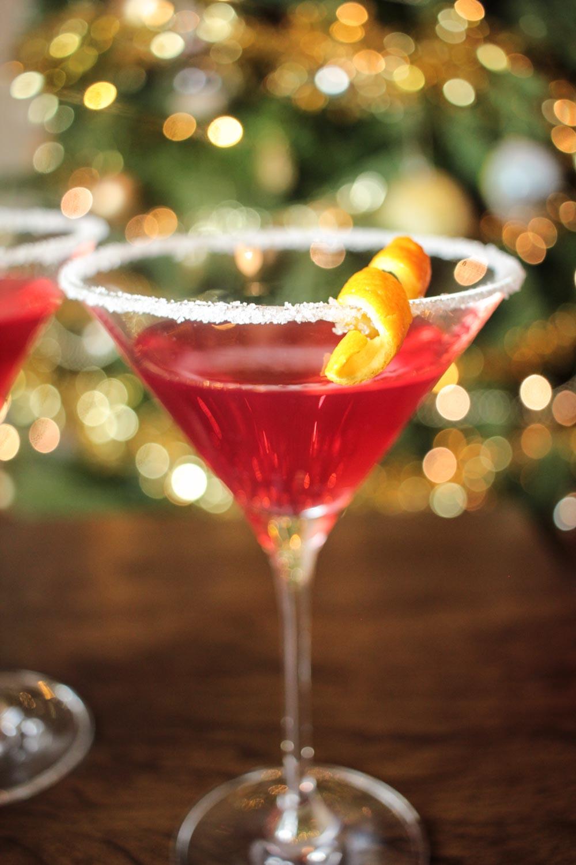 Christmas Martini Recipe - Globe Scoffers | globescoffers.com
