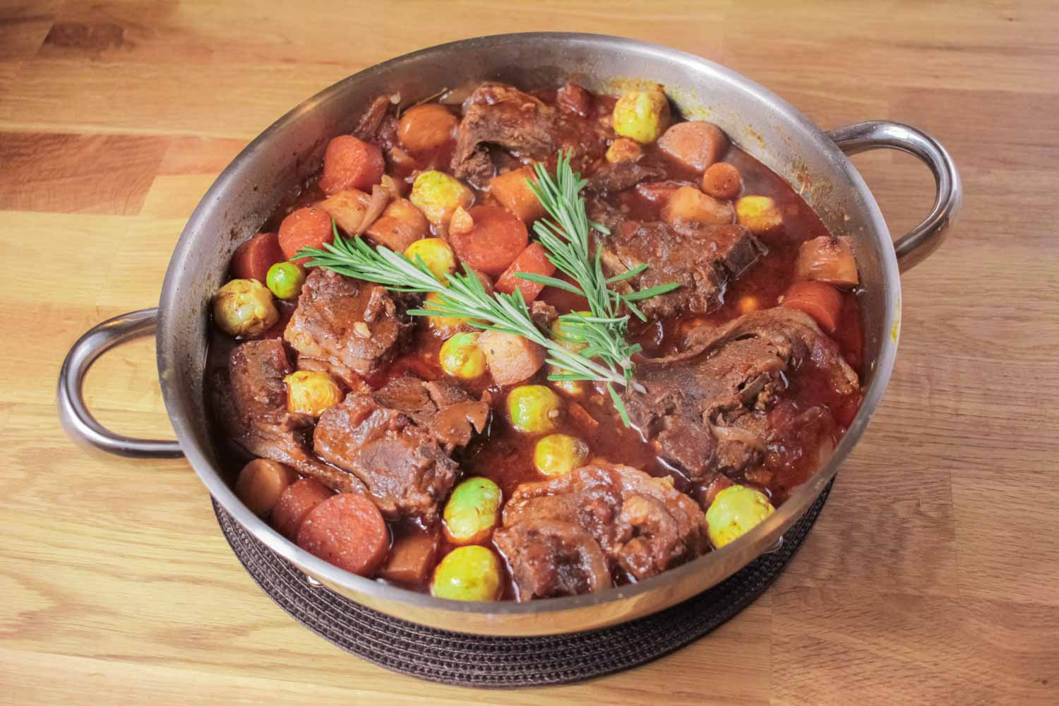 Mexican Pulled Pork Tacos Carnitas Good Food Wine Show Fun Bloopers also Lamb Hot Pot moreover Sweet Lamb Curry furthermore 5956 also Herb Roasted Spring Lamb Loin. on lamb chops all recipes