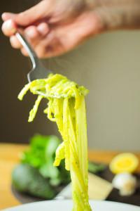 Creamy Avocado Pesto Linguine