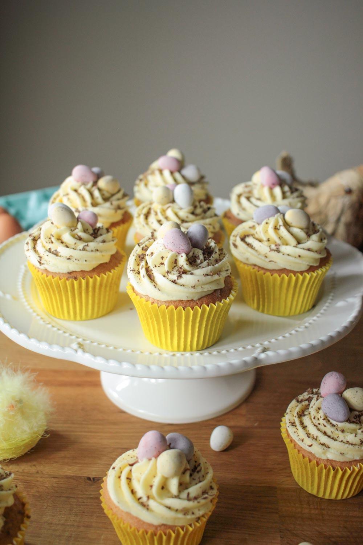Easter-Surprise-Cupcakes-1.jpg