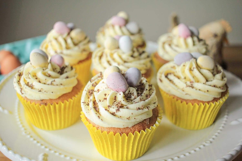 Easter-Surprise-Cupcakes-5.jpg