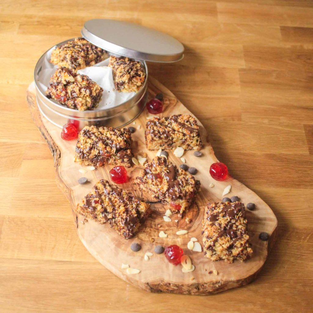 Cherry and Dark Chocolate Flap Jacks-2