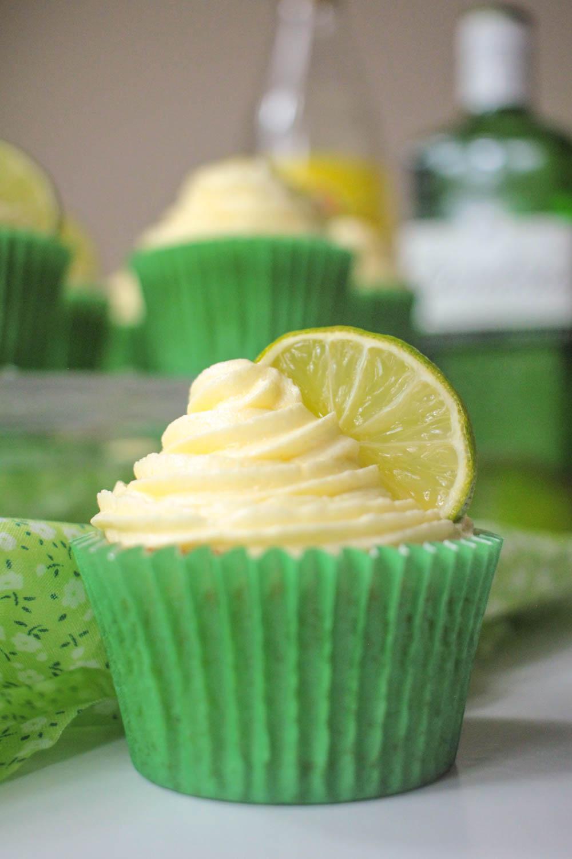 Gin and Tonic Cupcakes Recipe - Globe Scoffers   globescoffers.com