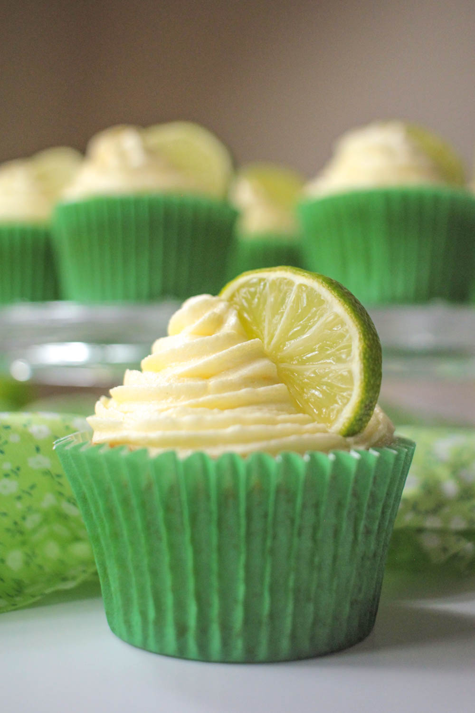 Gin and Tonic Cupcakes-9 - Globe Scoffers   globescoffers.com