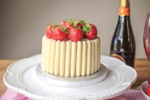 White Chocolate, Strawberry and Prosecco Cake