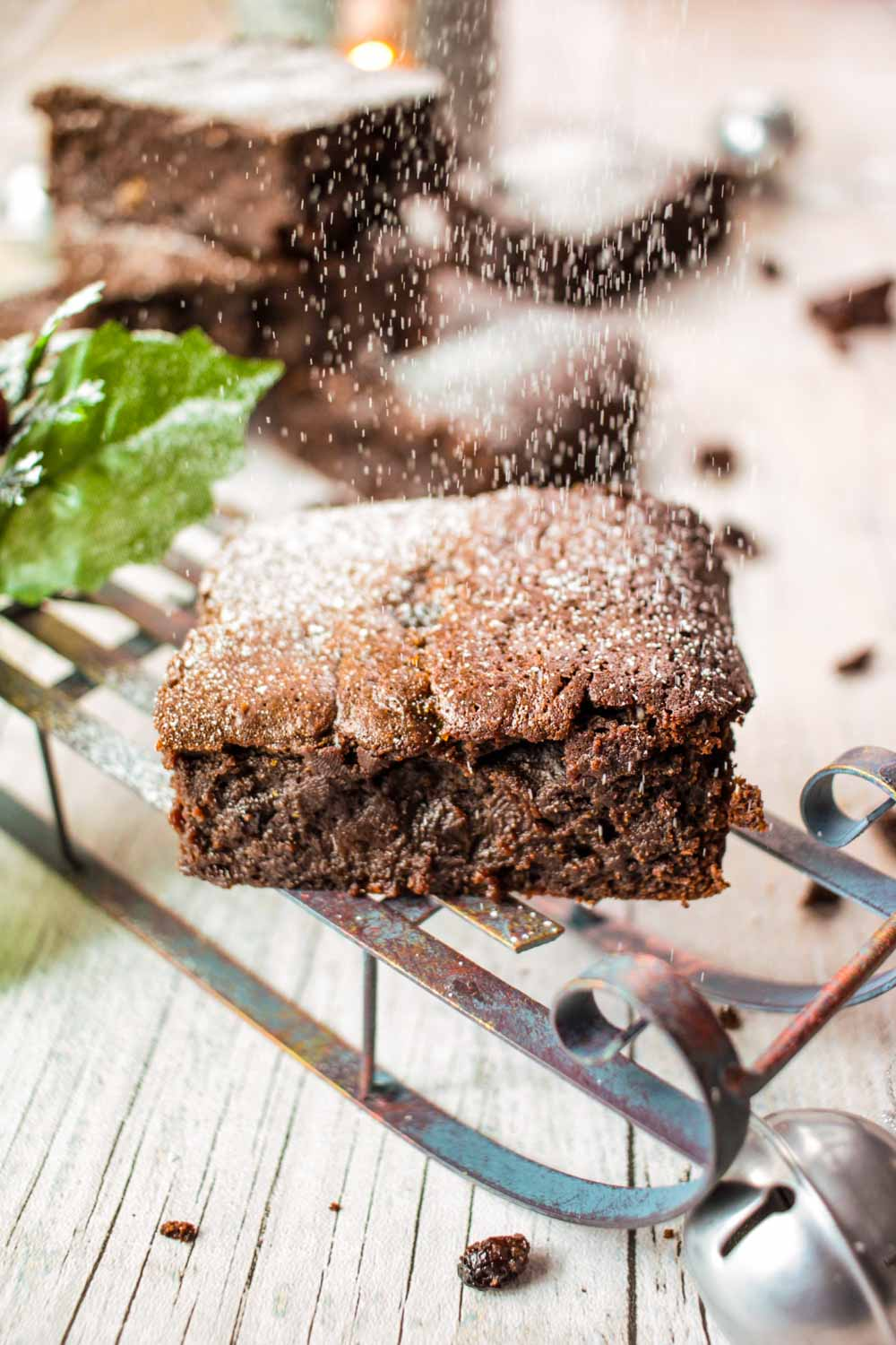 Christmas Brownies Recipe - Globe Scoffers | globescoffers.com