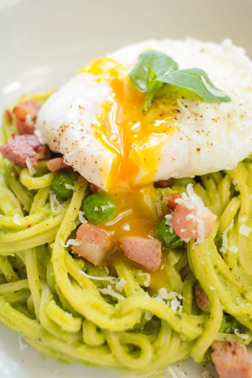 Pea and Pancetta Spaghetti Recipe - Globe Scoffers | globescoffers.com