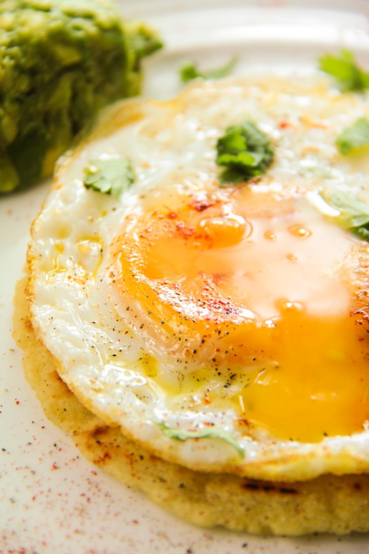 Fried Egg Taco-8 - Globe Scoffers | globescoffers.com