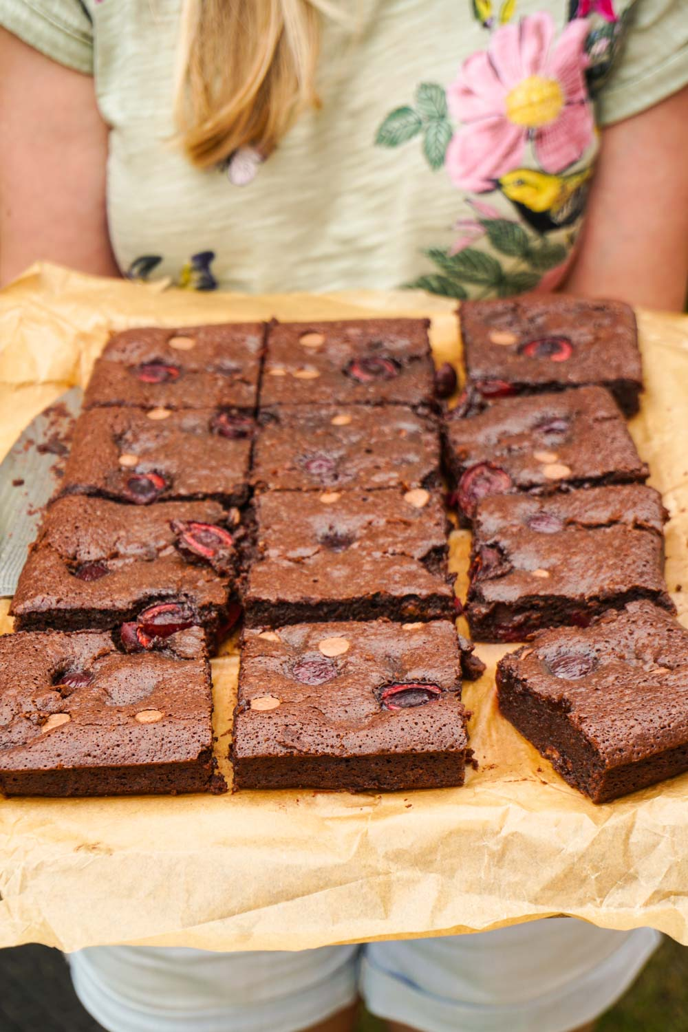 Cherry Brownies Recipe - Globe Scoffers | globescoffers.com