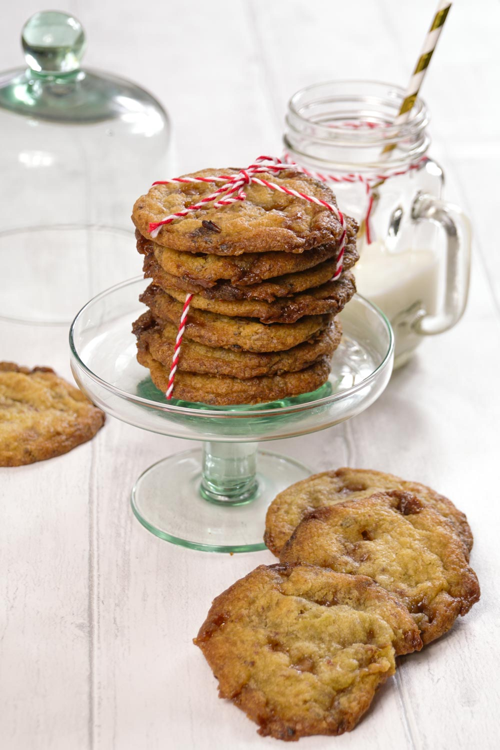 Sticky Toffee and Date Cookies Recipe - Globe Scoffers | globescoffers.com