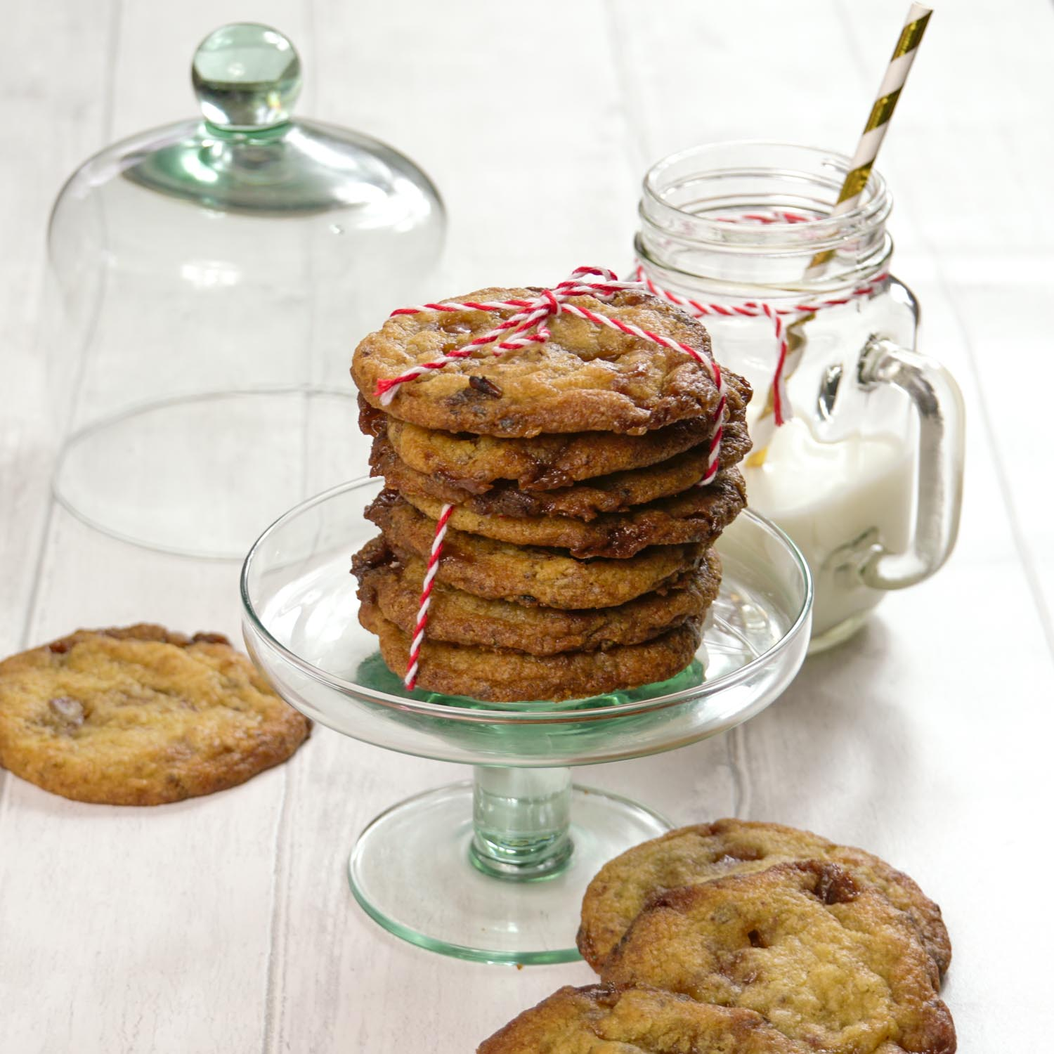 Sticky Toffee and Date Cookies-3 - Globe Scoffers | globescoffers.com