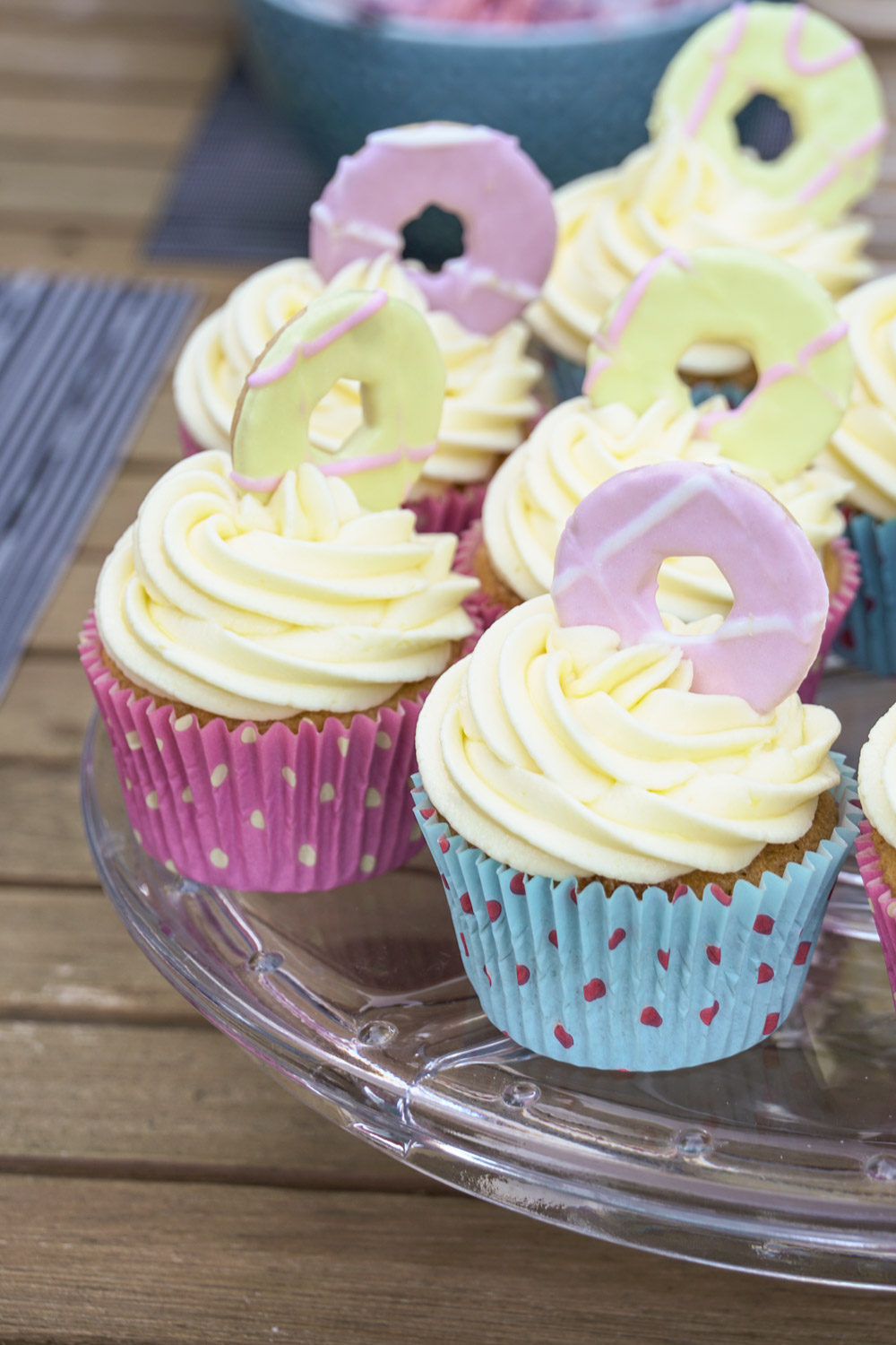 Party Ring Cupcakes Recipe - Globe Scoffers | globescoffers.com