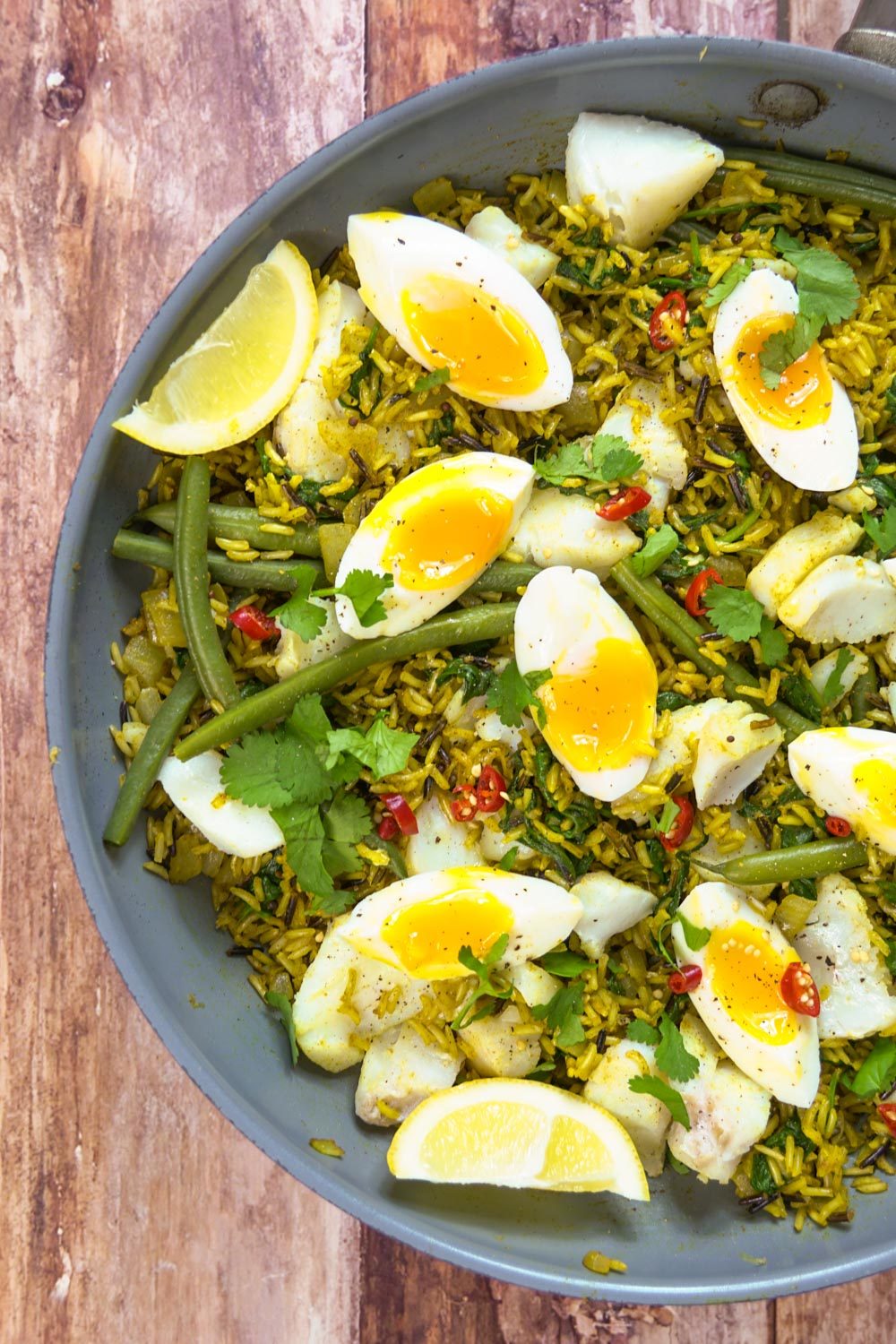 Healthy Kedgeree Recipe - Globe Scoffers | globescoffers.com